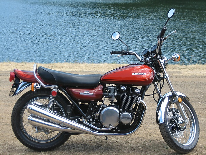 customer's z1 photos - motorcycle's restored using painted body